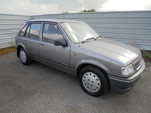 1991 NOVA 1.2 LUXE