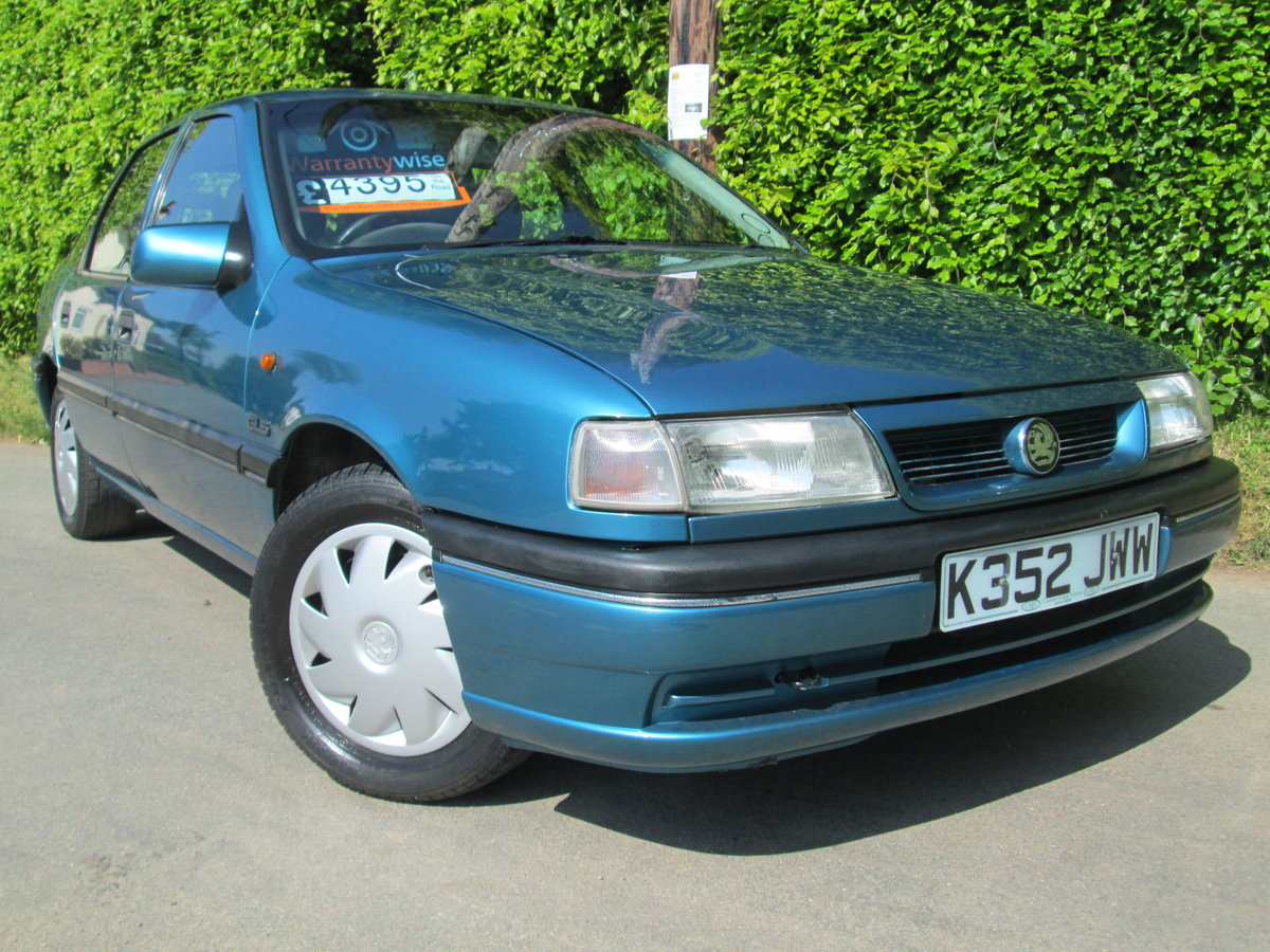 1992 vauxhall cavalier GLS auto rare invesment car For Sale (picture 1 of 6)