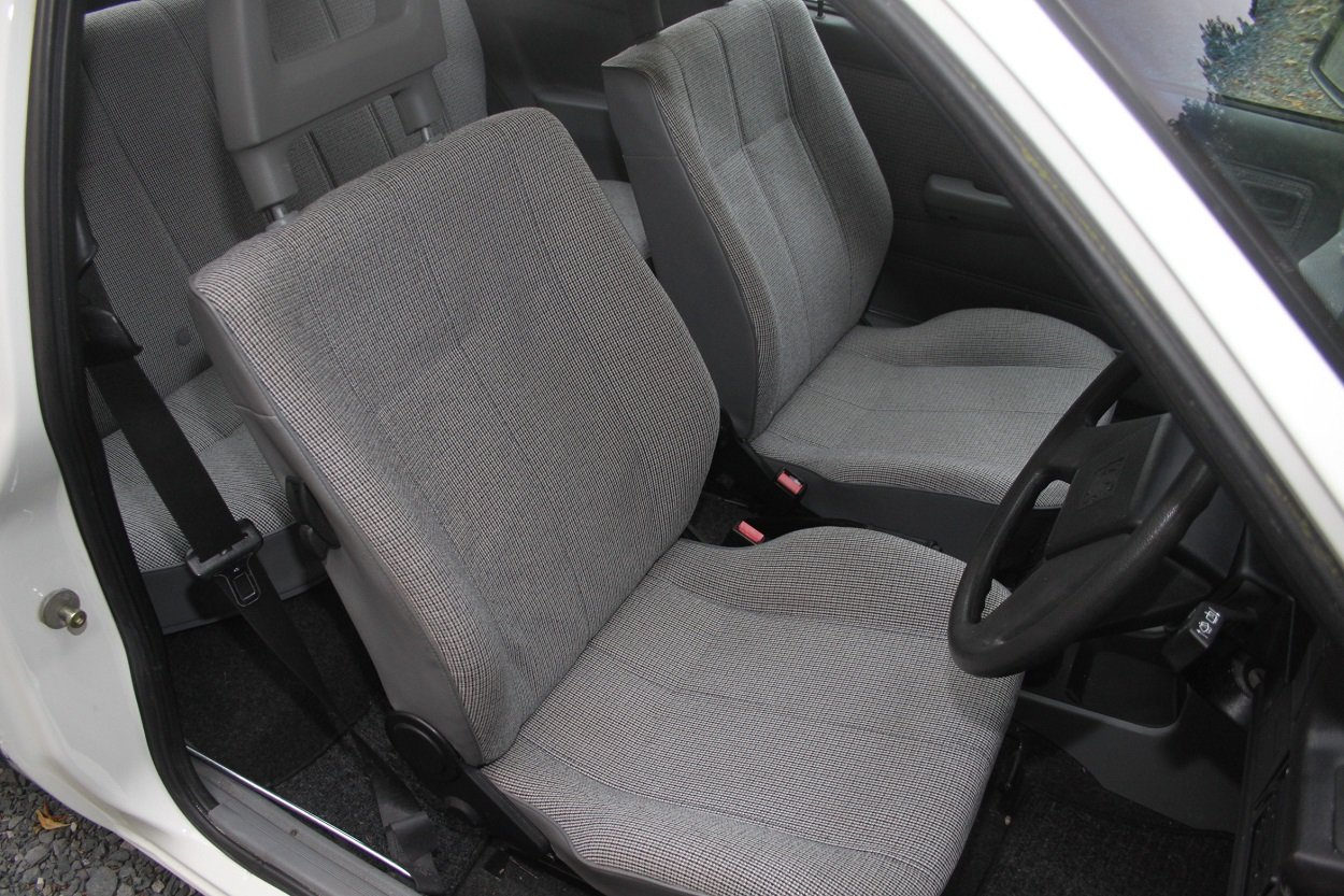 1987 Vauxhall Astra Celebrity For Sale (picture 4 of 6)
