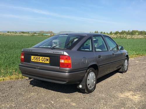 1992 Vauxhall Cavalier GL 44k Miles at Morris Leslie Auction SOLD by Auction (picture 2 of 6)