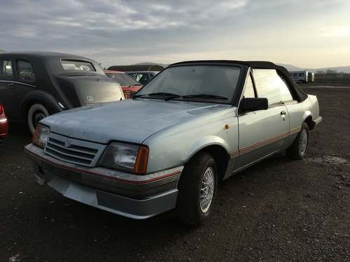 1986 Vauxhall Cavalier Cabriolet at Morris Leslie Auction For Sale by Auction (picture 1 of 4)