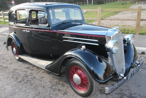 1935 Vauxhall Light 14/6 De Luxe Saloon With Sunroof SOLD (picture 1 of 6)
