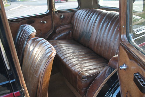 1935 Vauxhall Light 14/6 De Luxe Saloon With Sunroof SOLD (picture 4 of 6)