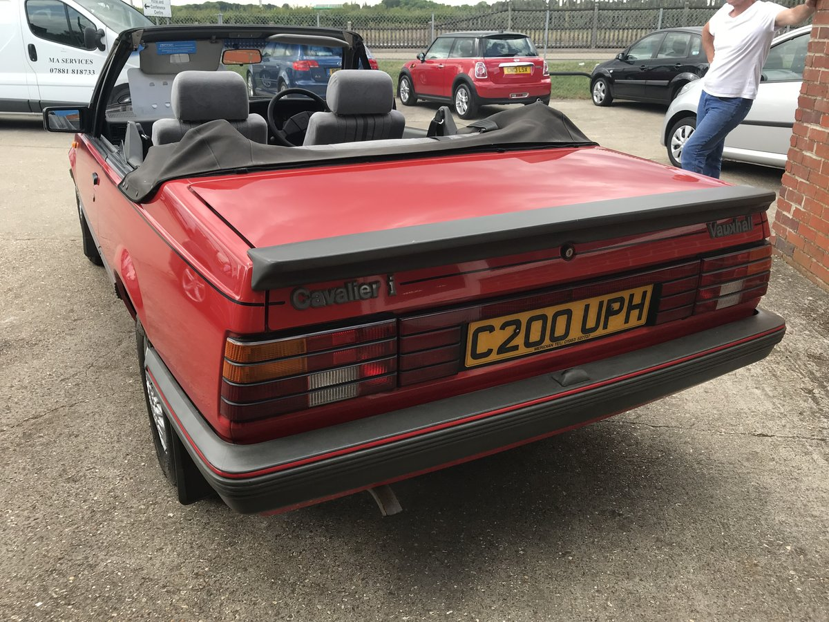 1986 VAUXHALL CAVALIER 1.8 Convertible  For Sale (picture 5 of 6)