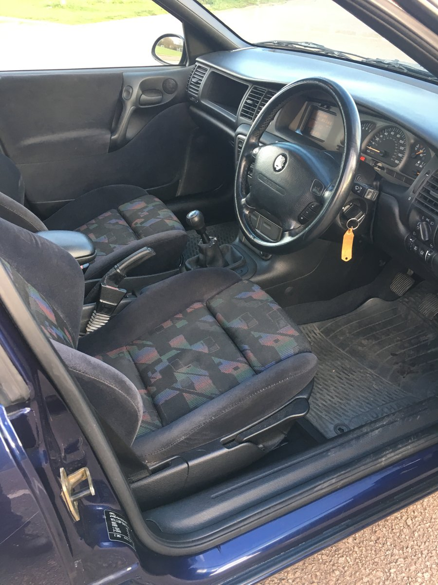 1998 Stunning Vauxhall Vectra SRI For Sale (picture 5 of 6)