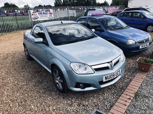 2009 Vauxhall Tigra 1.8 i 16v Exclusiv 2dr (a/c) For Sale