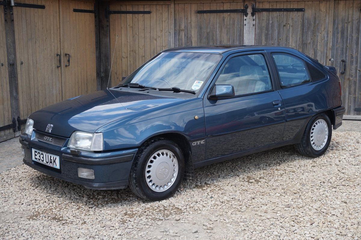 1987 VAUXHALL ASTRA GTE  8V NOT 16V 62,000 MILES 3 OWNERS For Sale (picture 1 of 6)