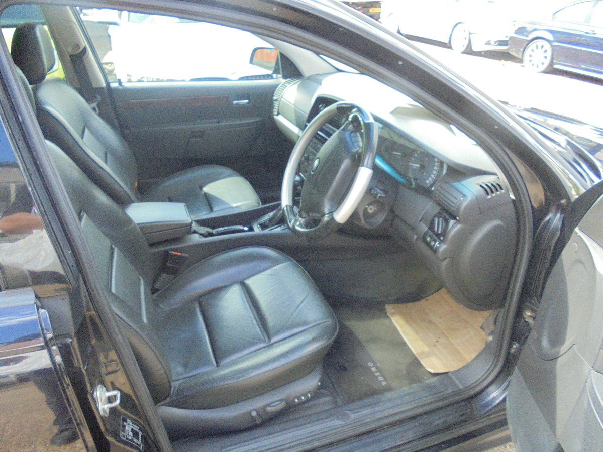 Vauxhall omega 3.2 elite irmscher kitted 2003/03 For Sale (picture 5 of 6)