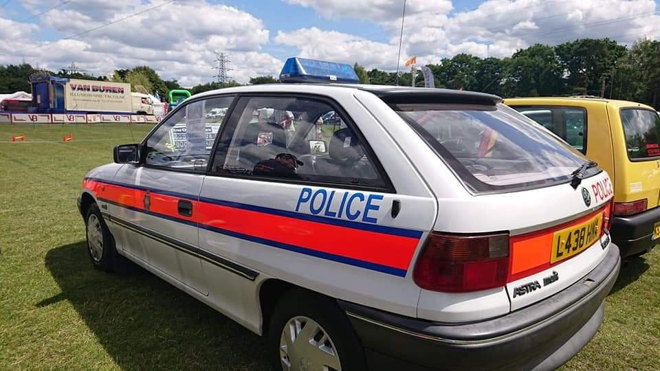 1994 Vauxhall astra 1.4merit police car replica For Sale (picture 1 of 6)
