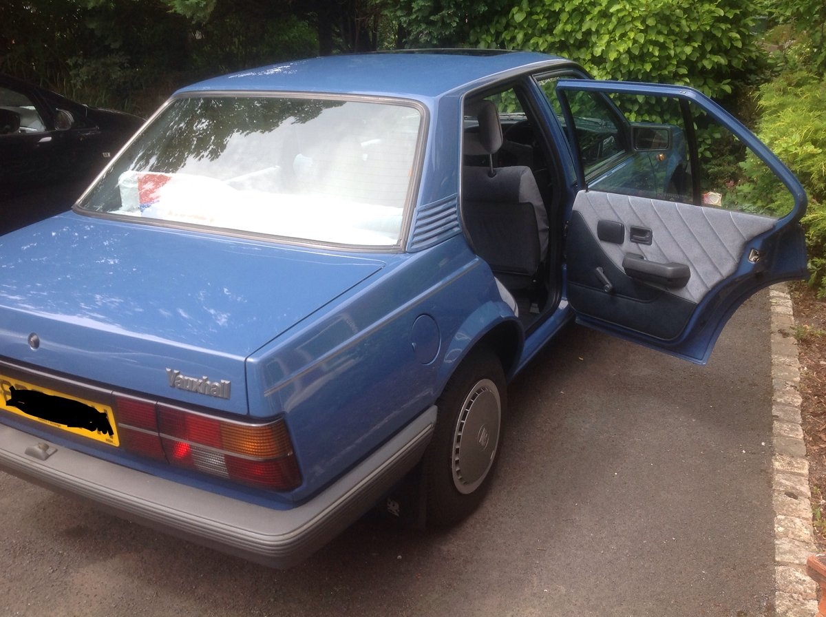 1988 Vauxhall Cavalier For Sale (picture 2 of 6)