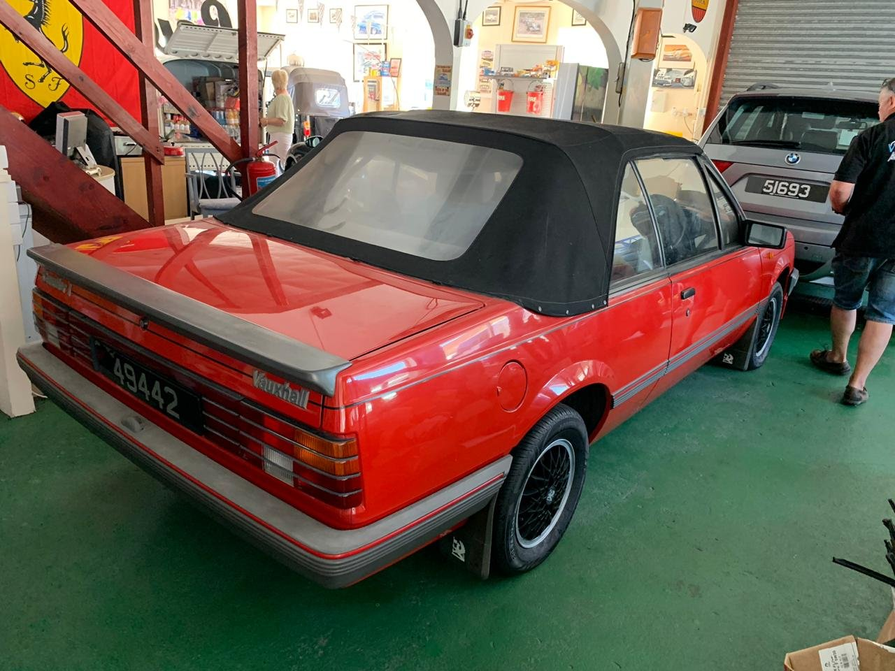 1986 Vauxhall Cavalier Cabriolet very low miles For Sale (picture 2 of 5)