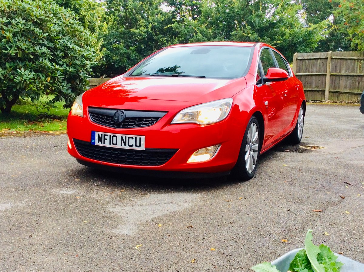 2010 Vauxhall Astra SE 1.7CDTI 110BHP Sat-Nav SOLD (picture 2 of 6)