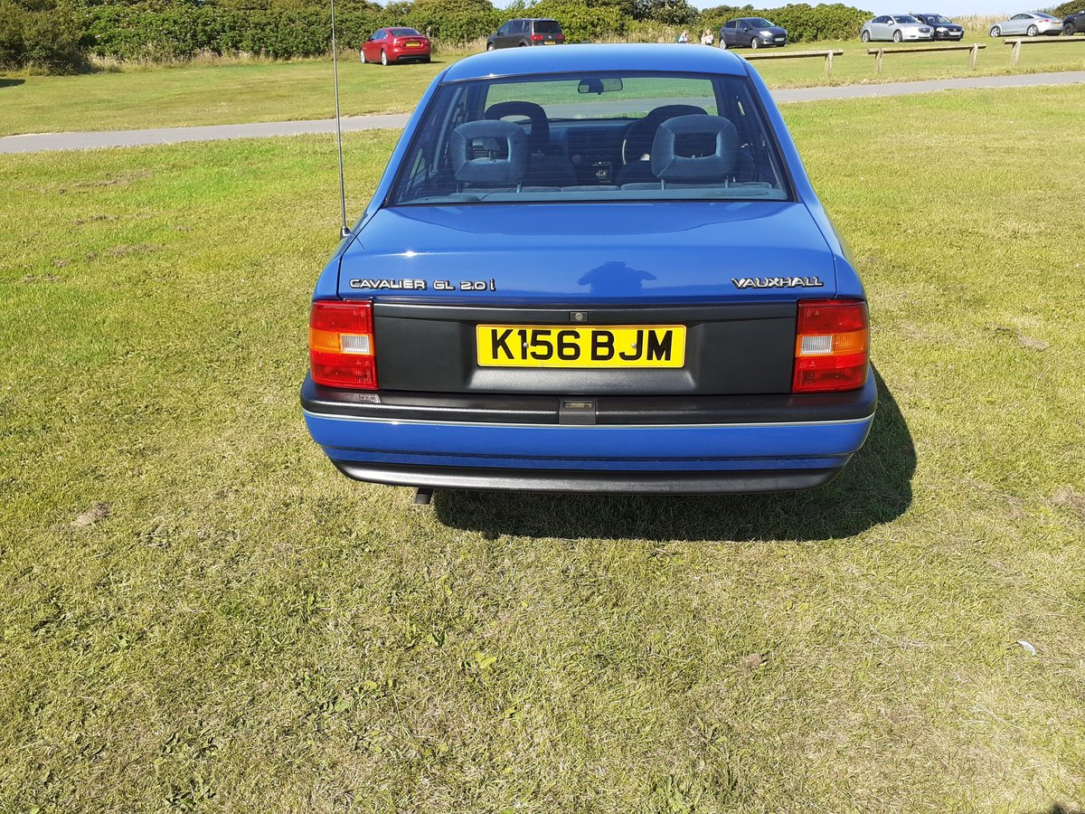1992 vauxhall cavalier mk3 2.0 gli 13000 miles from new For Sale (picture 3 of 6)