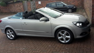 2007 VAUXHALL ASTRA TWINTOP 1.9 CDTI SPORT