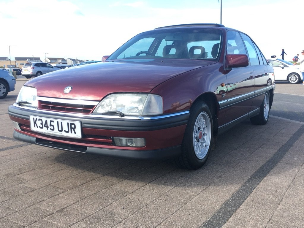1993 Vauxhall Carlton 2.0i CDX Automatic For Sale (picture 1 of 6)