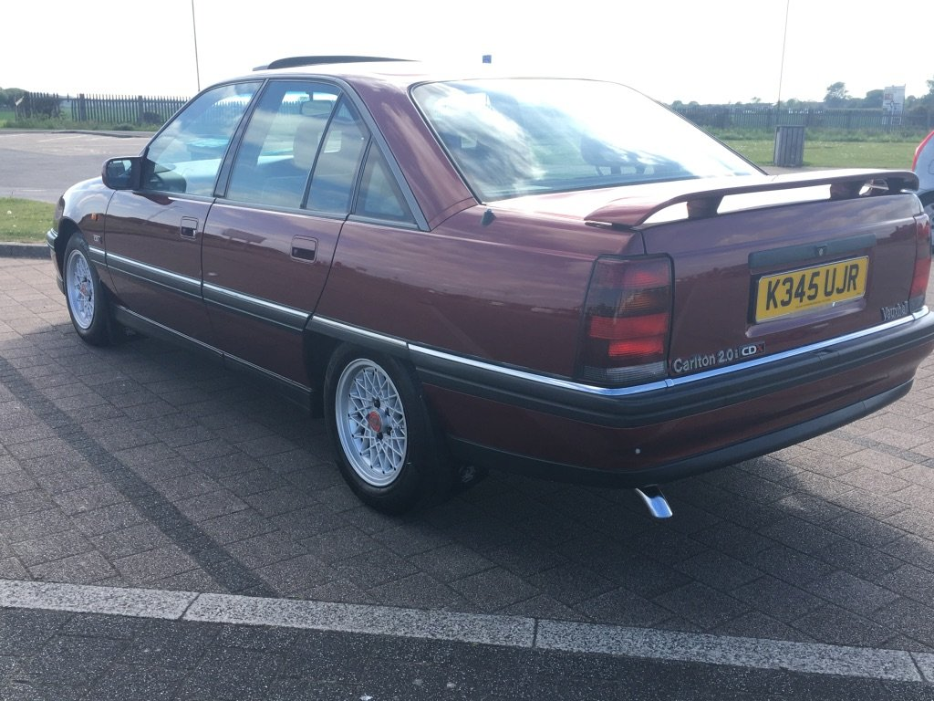 1993 Vauxhall Carlton 2.0i CDX Automatic For Sale (picture 2 of 6)