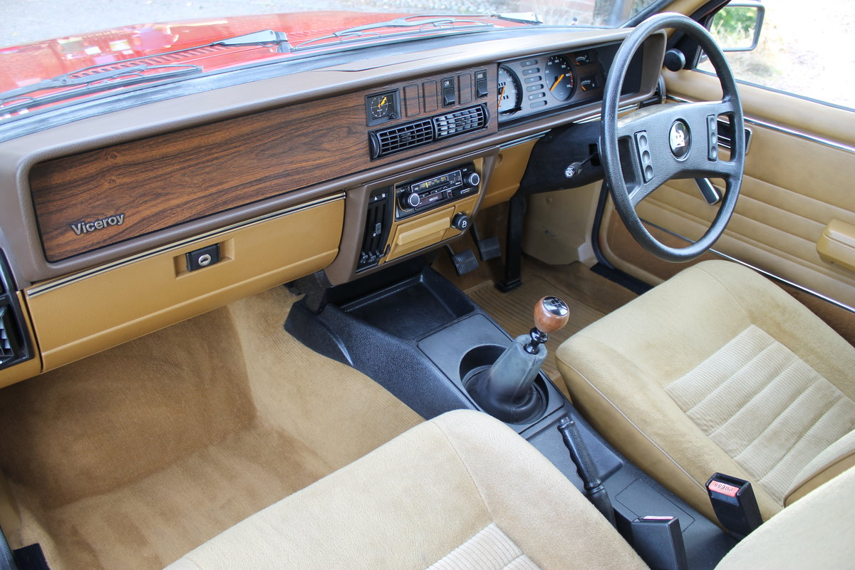 1981 Museum Quality Vauxhall Viceroy 2500 With Just 39k Miles For Sale (picture 4 of 6)