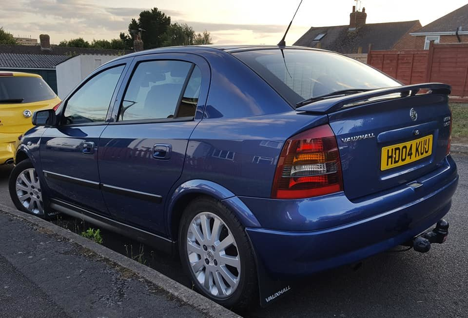 2004 Vauxhall Astra 1.7 Sport, cdti, becoming rare now For Sale (picture 1 of 6)