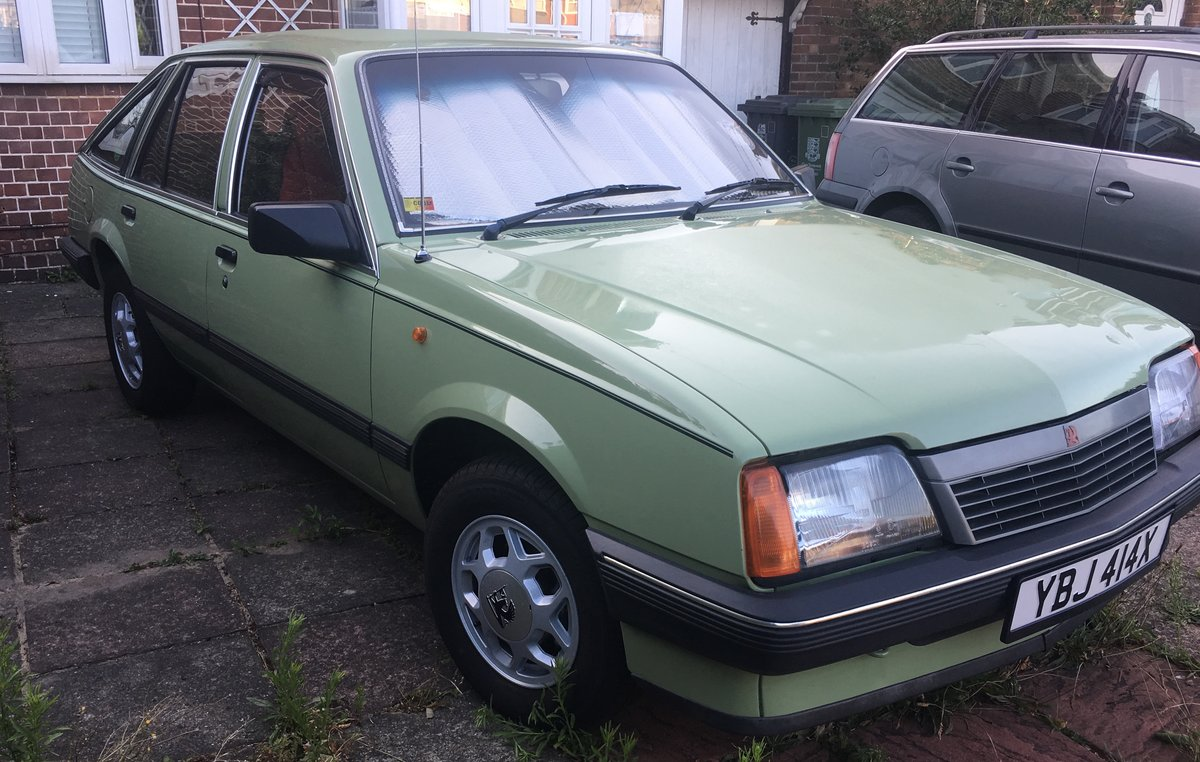 1982 Vauxhall Cavalier GLS SOLD (picture 3 of 6)