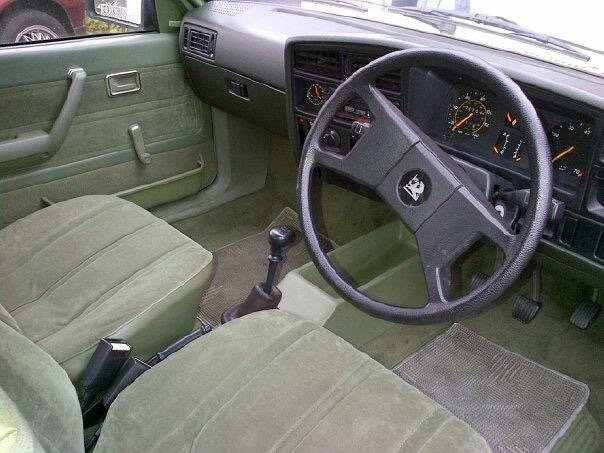 1982 Vauxhall Cavalier GLS For Sale (picture 4 of 6)