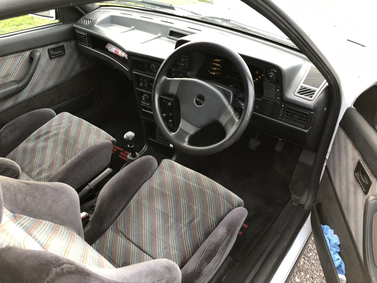 1990 Vauxhall Astra GTE 8v low mileage For Sale (picture 5 of 6)