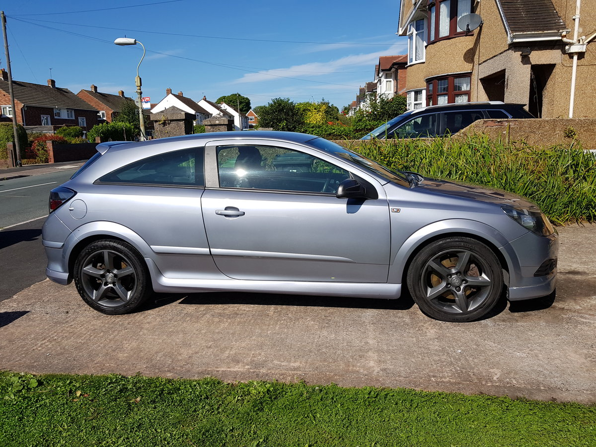 2005 Vauxhall Astra SRI 2.0 Turbo For Sale (picture 2 of 6)