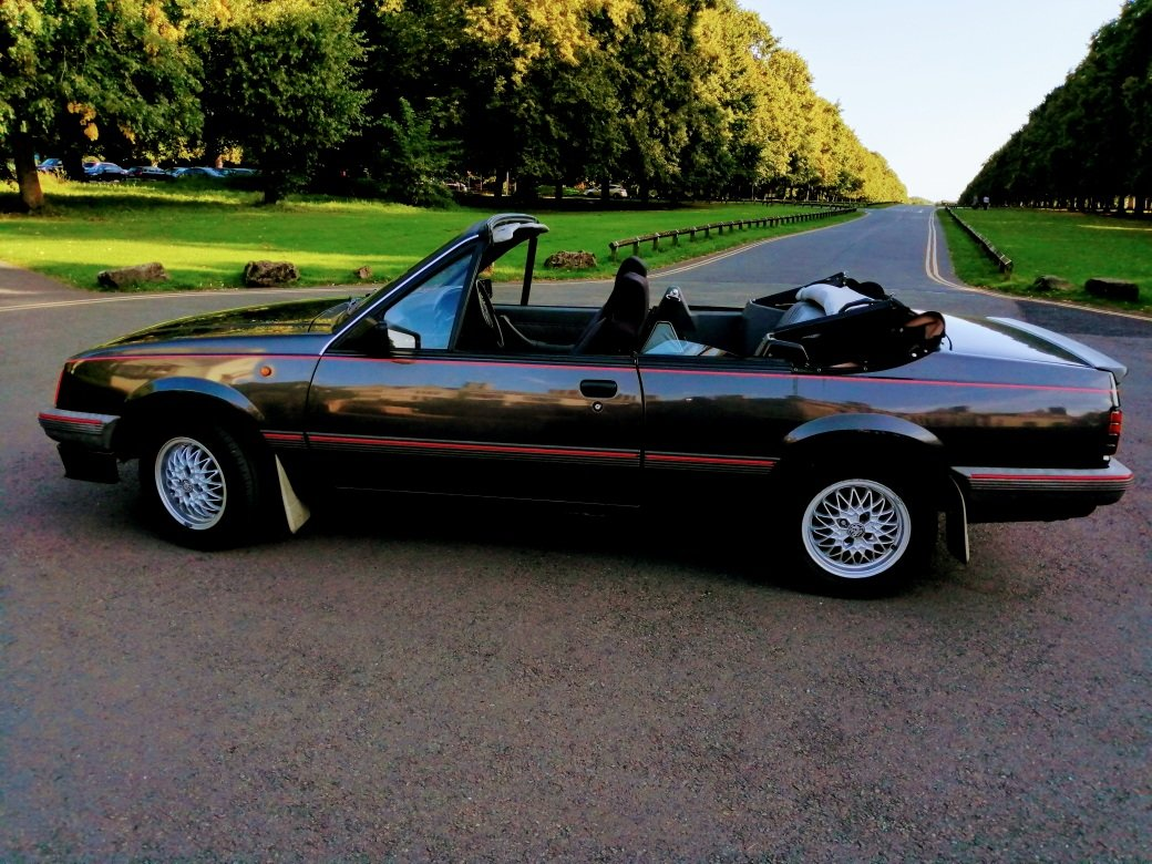 1986 Vauxhall Cavalier Cabriolet For Sale (picture 2 of 6)