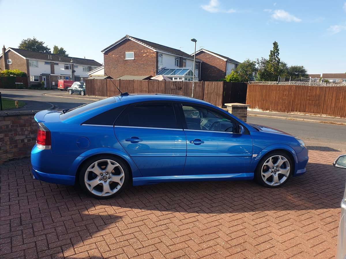 2007 Vauxhall Vectra VXR For Sale (picture 1 of 6)