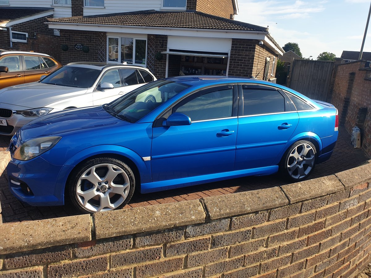 2007 Vauxhall Vectra VXR For Sale (picture 2 of 6)