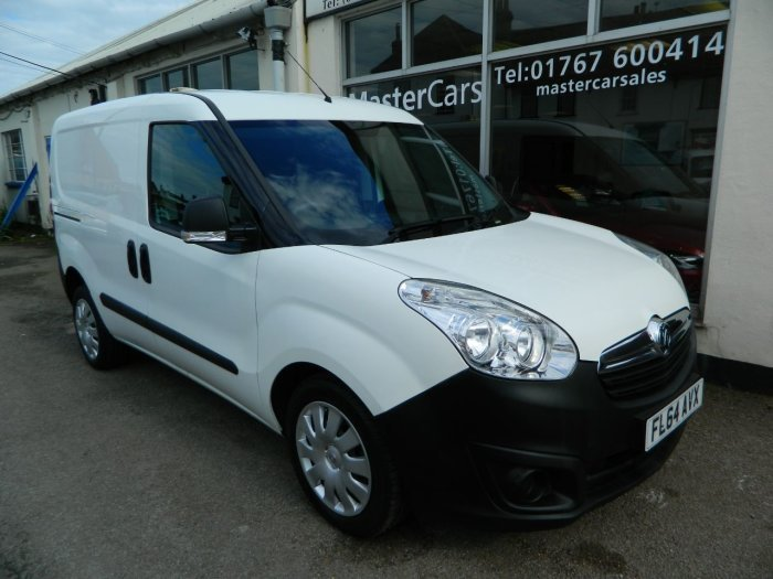 2014/64 Vauxhall Combo 1.3CDTi Crewvan 5 seat 2300 59250 mls For Sale (picture 1 of 6)