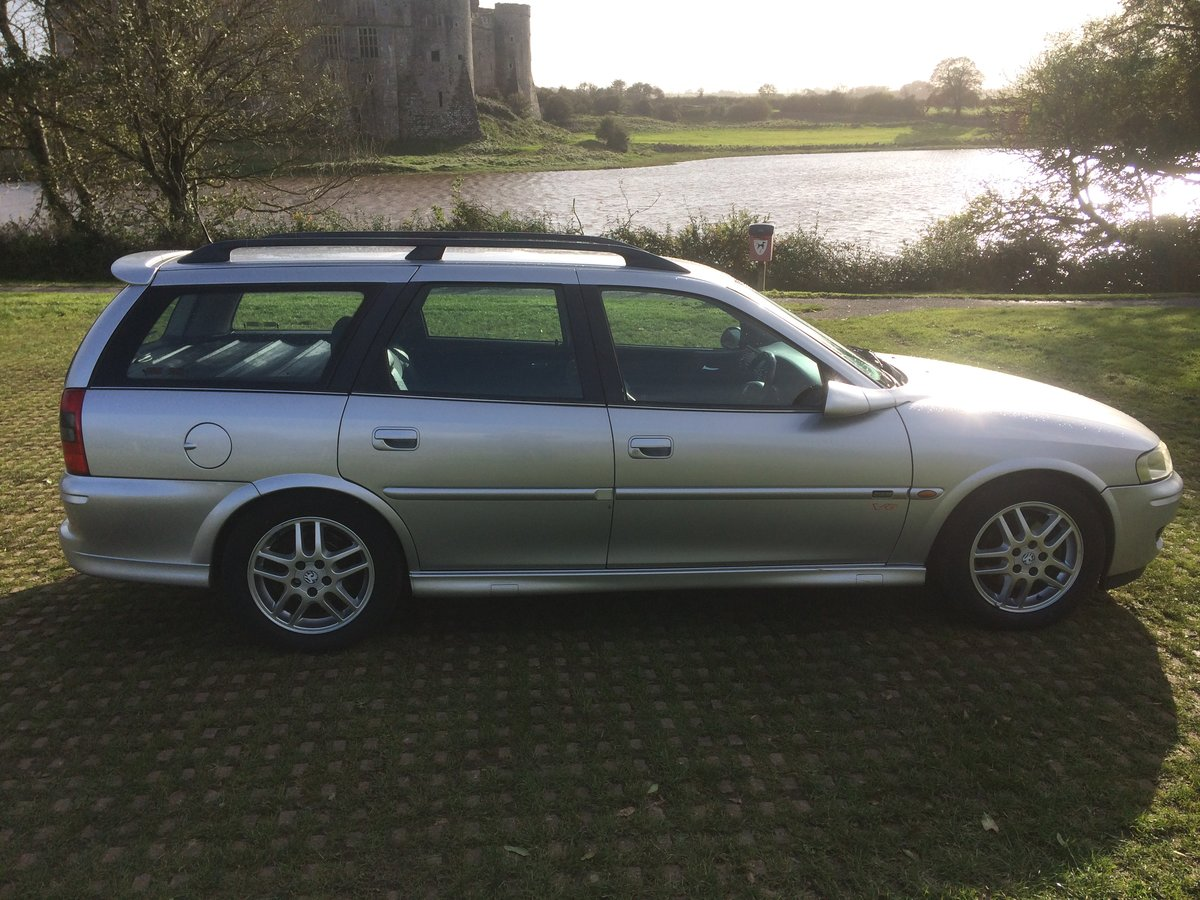 2000 Vauxhall Vectra 2.6 V6 SRI Estate 60000 miles SOLD (picture 1 of 6)