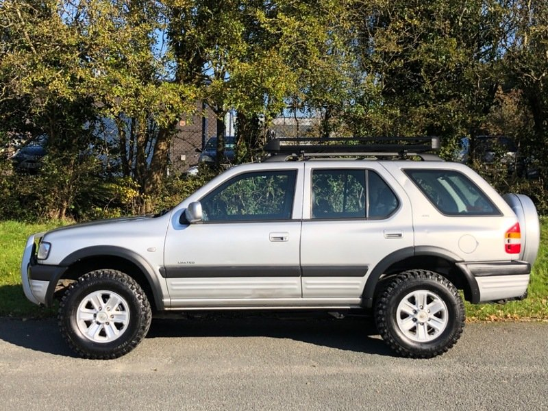 2003 Vauxhall Frontera Limited 3.2 V6 Manual - 49,000 miles! For Sale (picture 3 of 6)