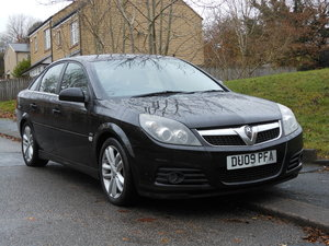 2009 Vauxhall Vectra 1.9 SRI CDTI 150BHP 6SPD 1 Former Keepe SOLD