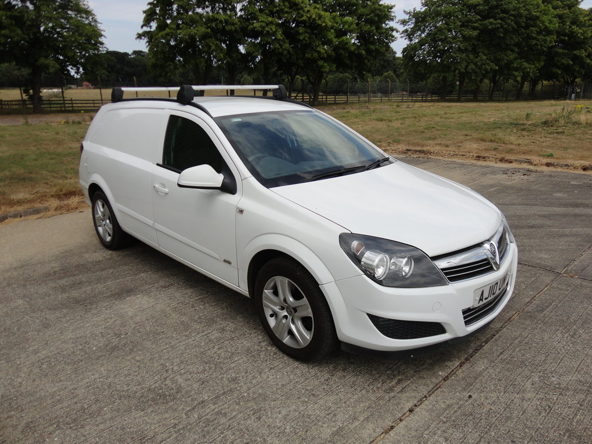 2010 Astra Sportive CDTI Euro4 van SOLD (picture 1 of 5)