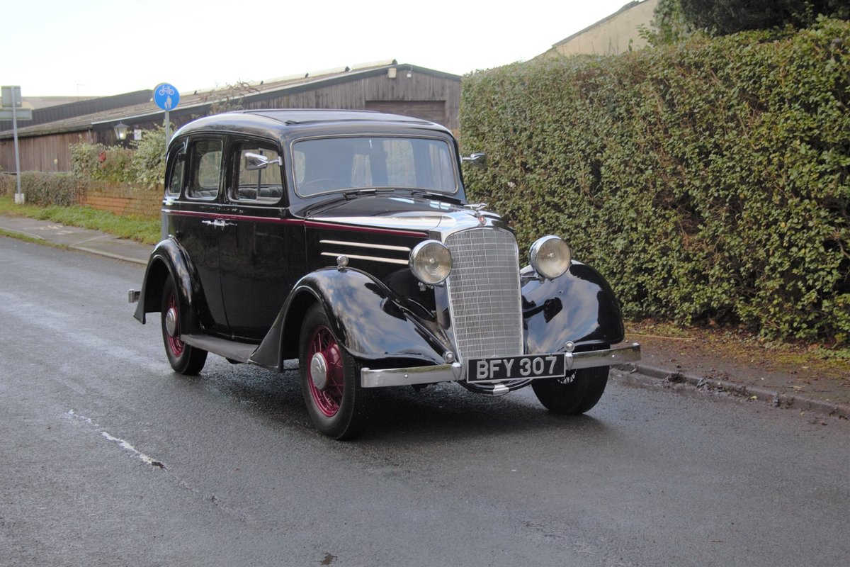 1935 Vauxhall Light Six Saloon De-Luxe 78k miles, superb history For Sale (picture 1 of 21)