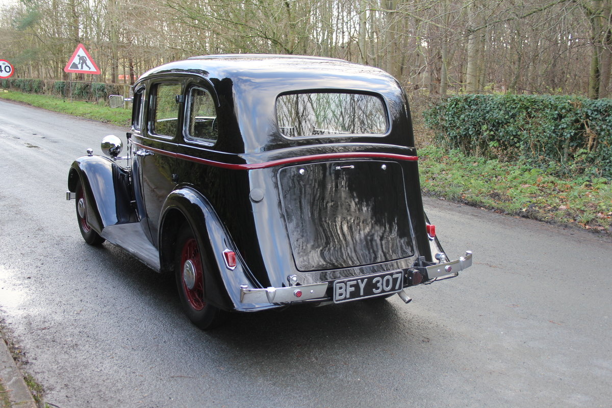 1935 Vauxhall Light Six Saloon De-Luxe 78k miles, superb history For Sale (picture 4 of 21)