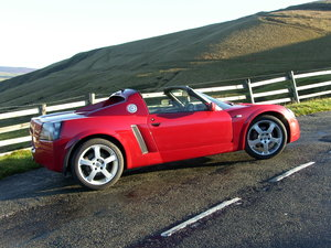 2001 Vauxhall VX220 in excellent original condition For Sale