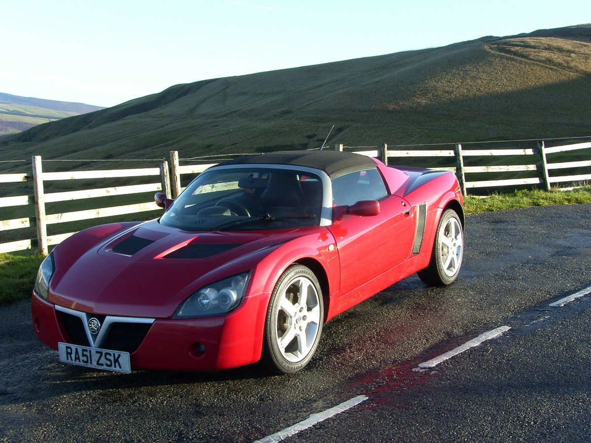 2001 Vauxhall VX220 in excellent original condition SOLD (picture 2 of 6)