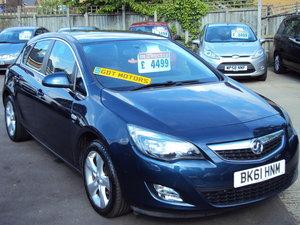 2011 Vauxhall Astra SRI – New Shape – LOW Miles with S/H SOLD