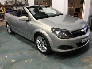 2006 Astra Twintop Design great low mileage For Sale