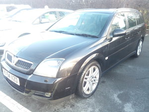 2004 '54' Vectra 3.2 V6 SRI Black Direct Police