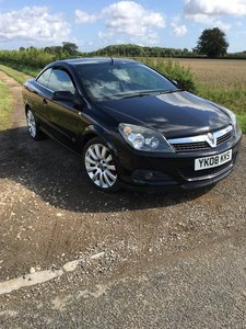 2008 Vauxhall Astra sport twintop 1.8