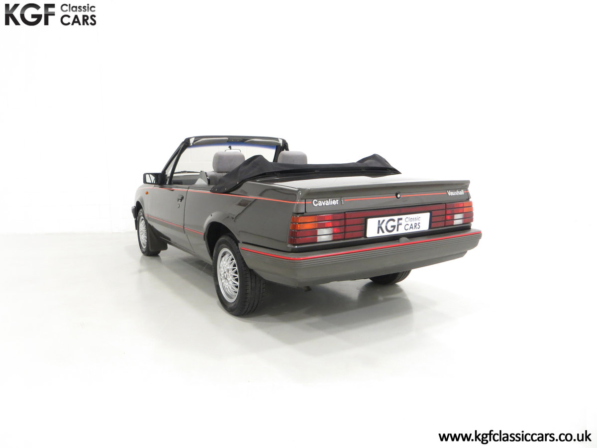 1986 A Vauxhall Cavalier 1.8i Convertible with just 56,559 Miles. SOLD (picture 4 of 6)