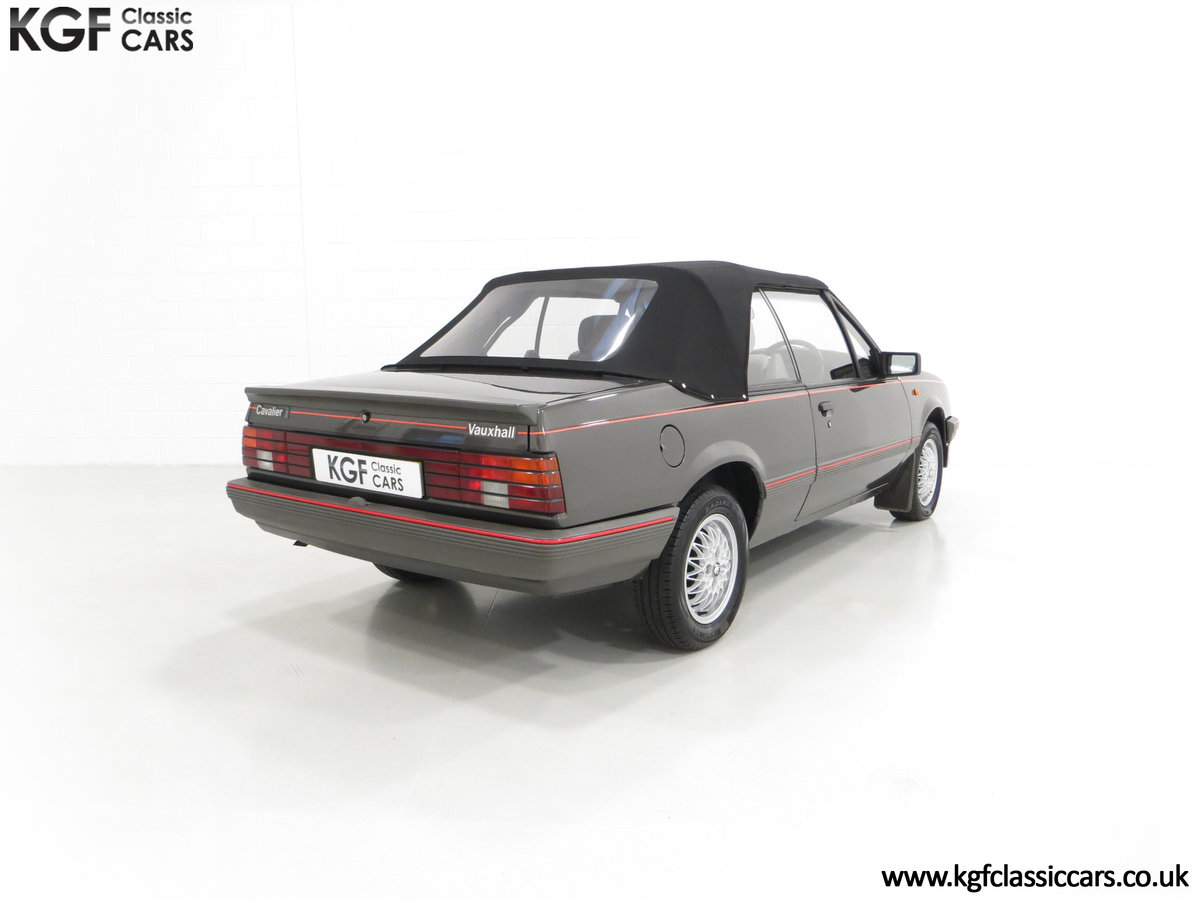 1986 A Vauxhall Cavalier 1.8i Convertible with just 56,559 Miles. SOLD (picture 5 of 6)