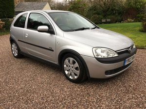 2003 VAUXHALL CORSA 1.2 SXi ONE LADY OWNER LOW MILES FSH