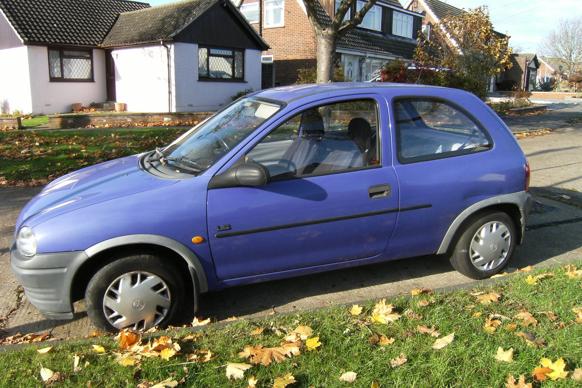 1993 vauxhall corsa 1.2, low road tax. For Sale (picture 3 of 4)