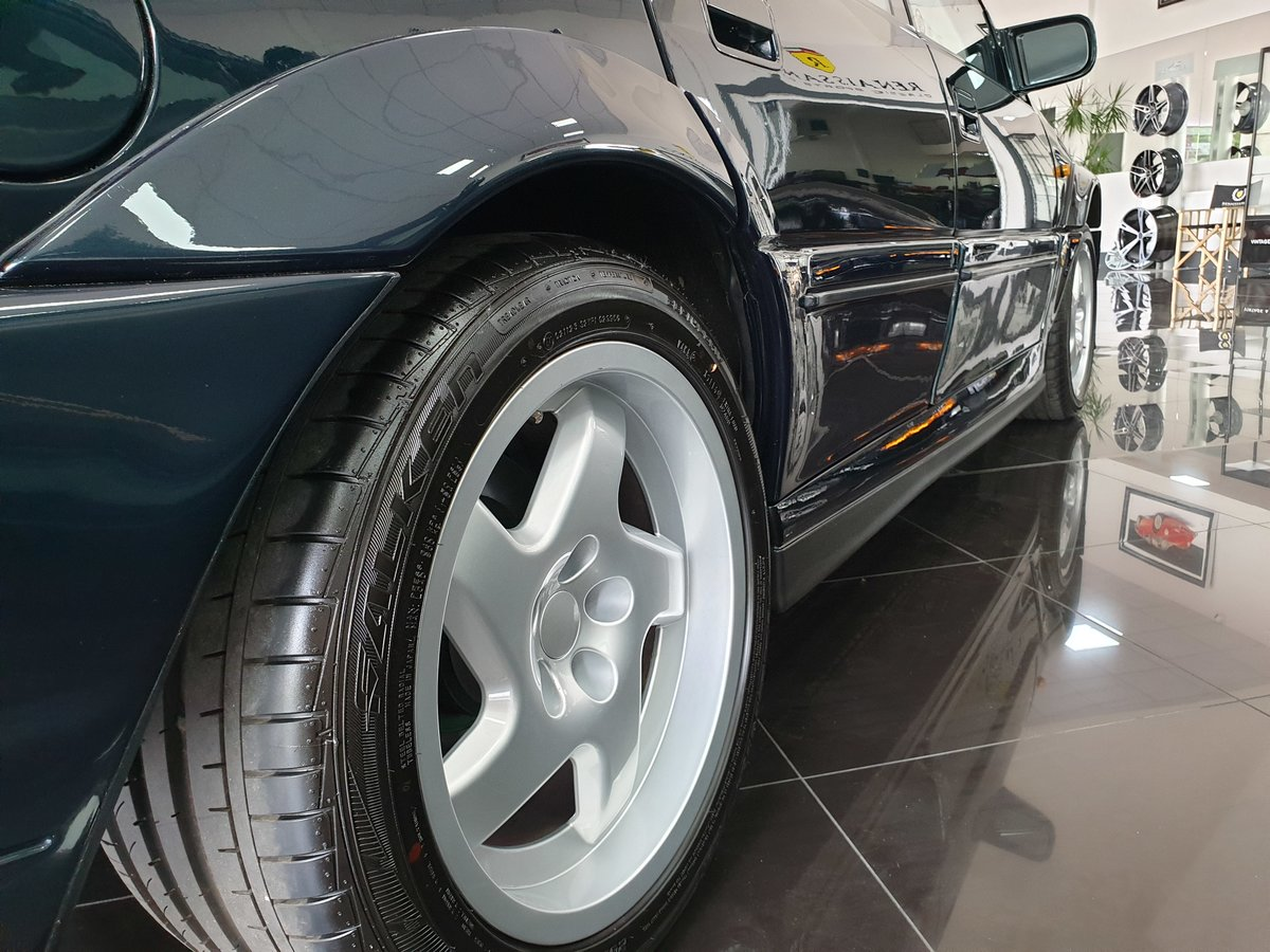 1991 Enthusiast Owned Lotus Carlton For Sale (picture 3 of 6)