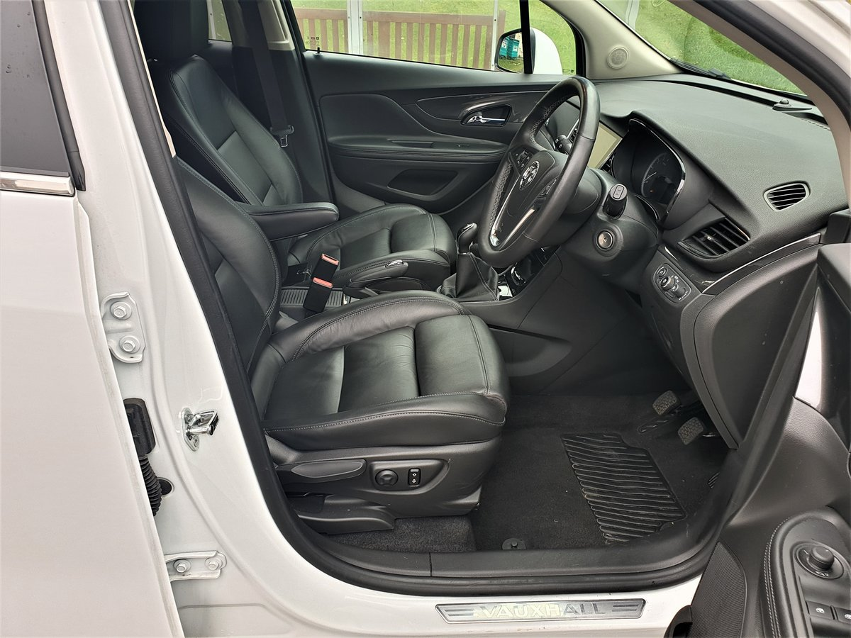 2018 VAUXHALL MOKKA X ELITE 1.4T TOP OF RANGE WITH ALL THE TOYS For Sale (picture 4 of 6)
