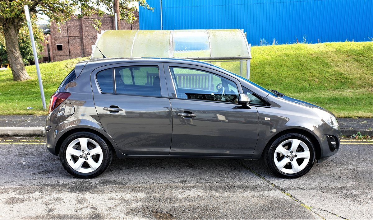 2014 VAUXHALL CORSA 1.2 SXI ONLY 29,900 MILES, LOW TAX & INS For Sale (picture 2 of 6)