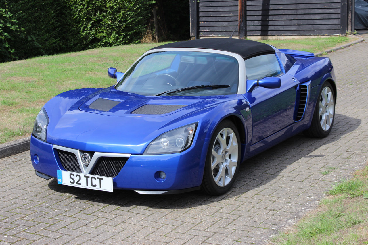 2005 VAUXHALL VX220 TURBO - ONLY 3,965 MILES SOLD (picture 1 of 6)